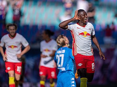 Trzy punkty na początek sezonu Bundesligi!