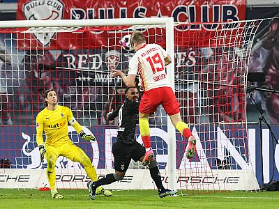 """""""Trzy punkty są najważniejsze"""" – wypowiedzi po meczu z Borussią Mönchengladbach"""